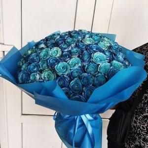 большой букет синих роз 101 цветок