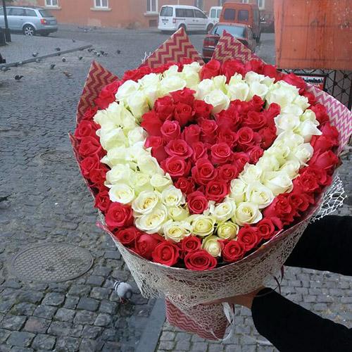 Букет 101 роза три слоя фото