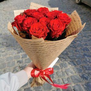 Букет червоних троянд