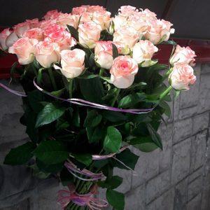 букет 51 розовая роза Джумилия в Черновцах фото