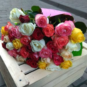 букет 51 роза микс в Черновцах