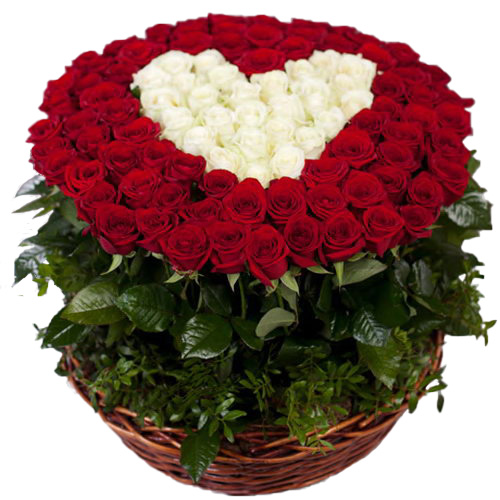 101 роза сердце в корзине белые и красные розы