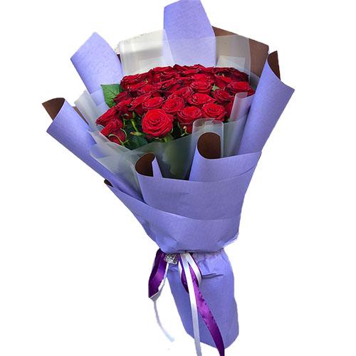 фото 33 червоні троянди