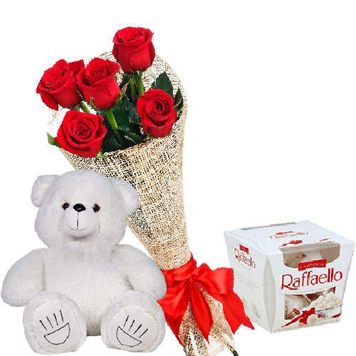 """подарунок Ведмедик з букетом троянд та """"Raffaello"""" фото"""