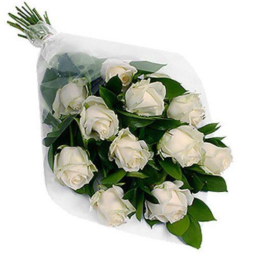 11 білих троянд фото букета