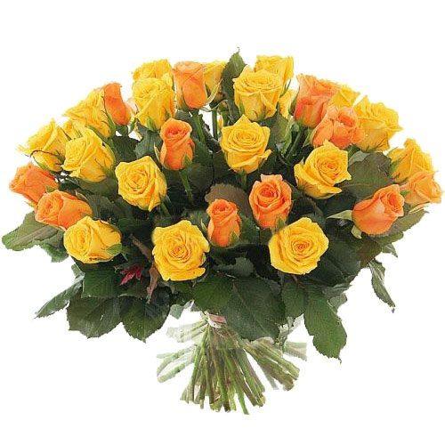 букет 51 жовта і персикова троянда