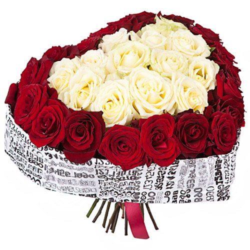 букет 51 троянда серце