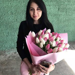 букет тюльпанов фото доставки
